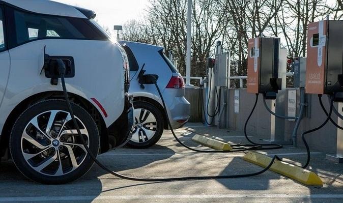 Готов ли Казахстан к массовому появлению электромобилей на улицах?